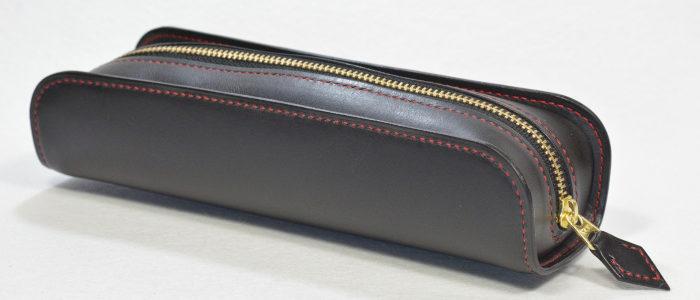 革ブラックxステッチレッドのペンケース オーダーメイド