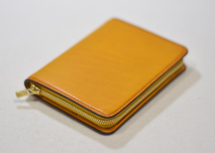 カードケースサイズのファスナー財布1